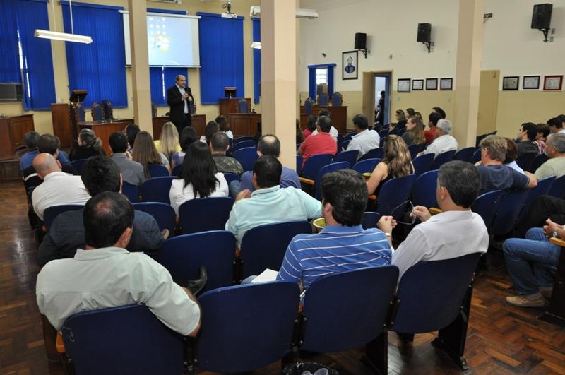 Público tomou conta do plenário da Casa Legislativa