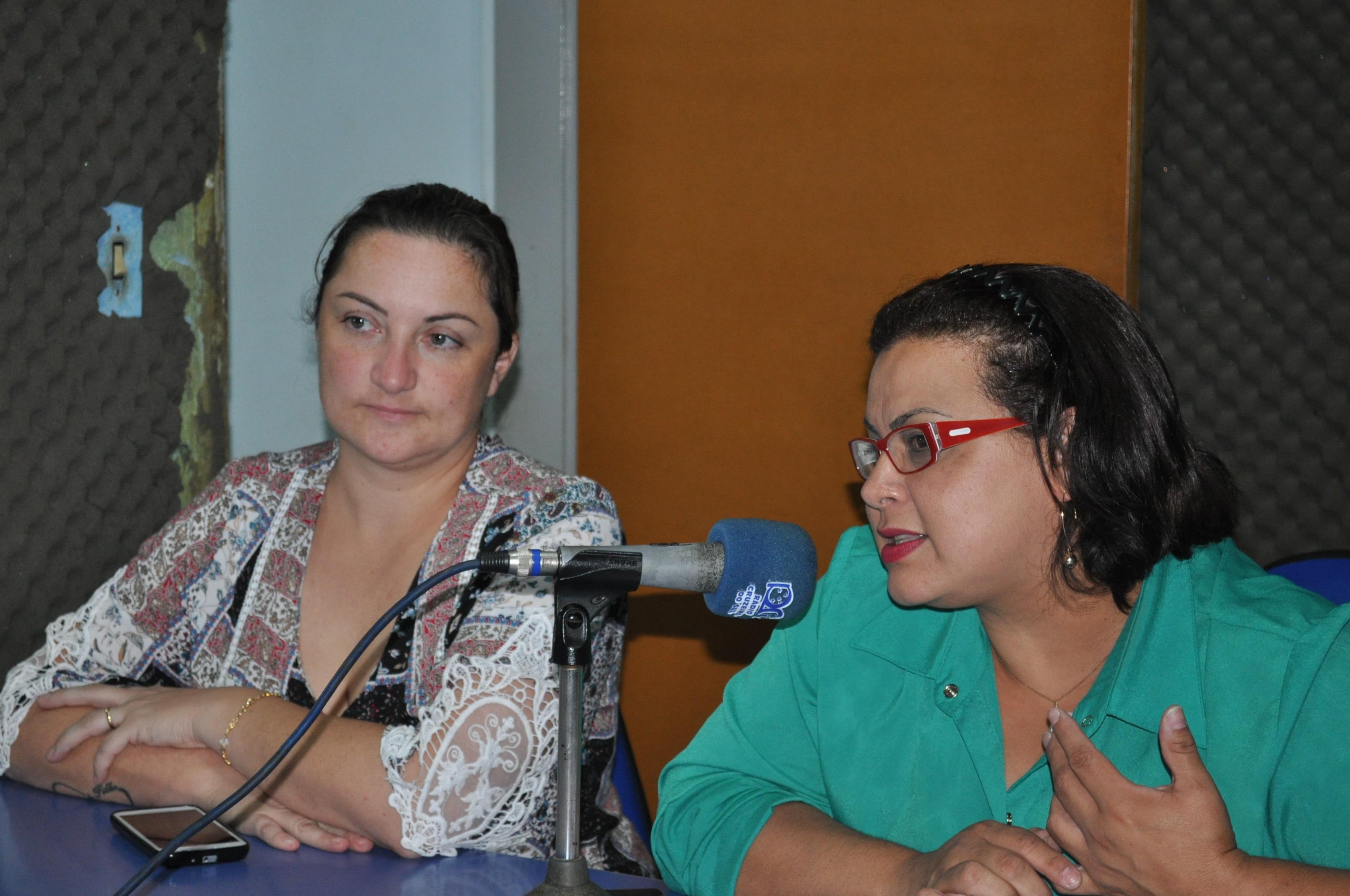 Secretária da Saúde Isolaine Cardoso e Assessora Técnica a Enfermeira Tatiane Zacouteguy.
