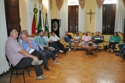 reunião durante a tarde da última sexta-feira, 10, para apresentação dos relatórios de cada secretaria.