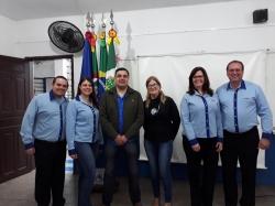 Chefe de Gabinete com equipe da UNOPAR