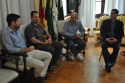 Regularização de moradias na Ilha do Butuí foi pauta na reunião entre Prefeito e Incra