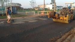 Obras de recomposição asfáltica estão em andamento e devem atingir mais de 5.000 m²