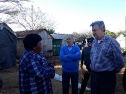 Dona Rita fala sobre a vida no acampamento, quantas cheias enfrentou e a dificuldade do recomeço