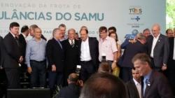 Prefeito Jarbas Martini com o Presidente Temer e o Governador Sartori na cerimônia da entrega das ambulâncias do SAMU.