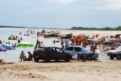 Balneário Passo do Silvestre durante alta temporada.