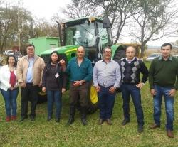 Maquinário atenderá produtores de três comunidades do inteiror