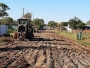Prefeitura recomeça os trabalhos para pavimentação de mais uma quadra na rua São Francisco